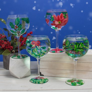 CHRISTMAS HAND PAINTED GLASSES