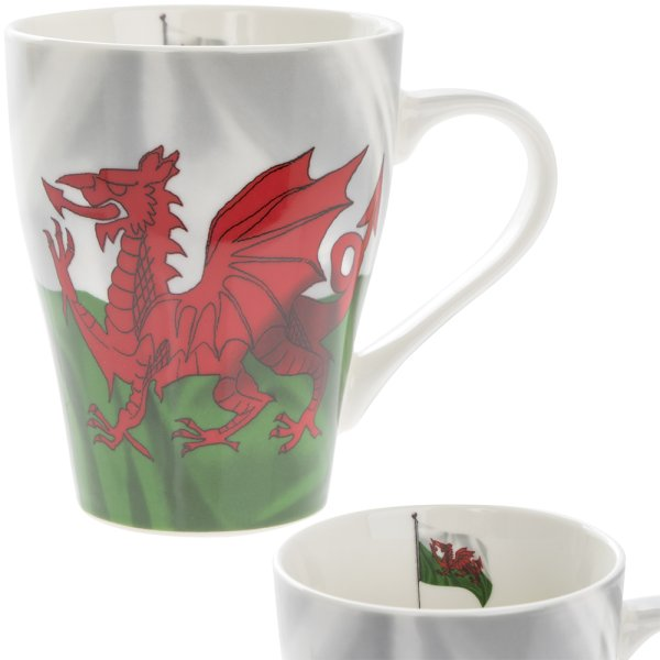 WELSH FLAG WAVE MUG
