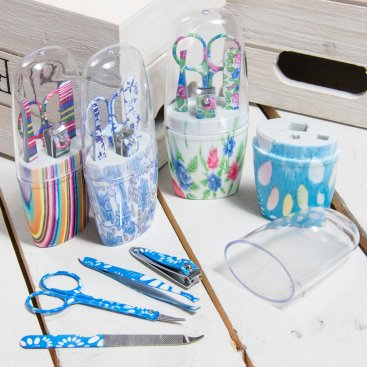 MANICURE SETS & ACCESSORIES
