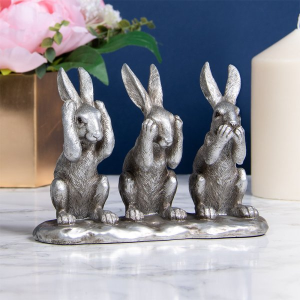 SILVER 3 WISE HARES