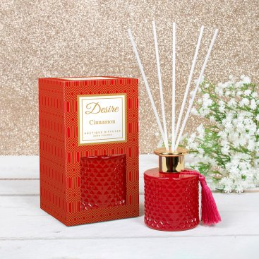 CHRISTMAS CANDLES/DIFFUSERS