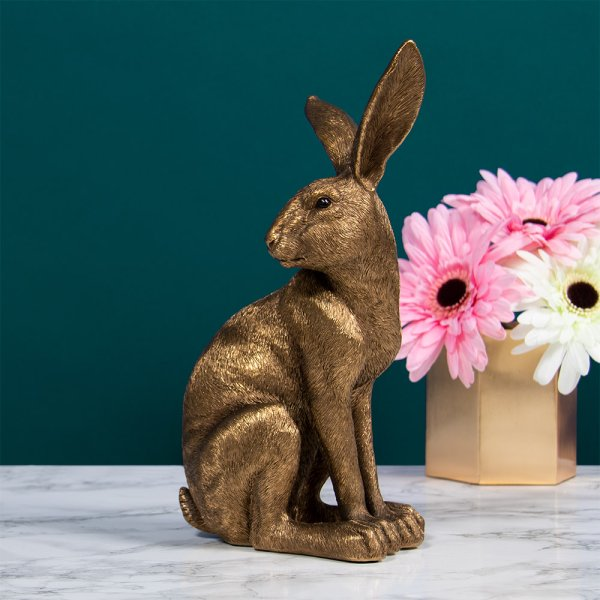 BRONZE HARE SITTING