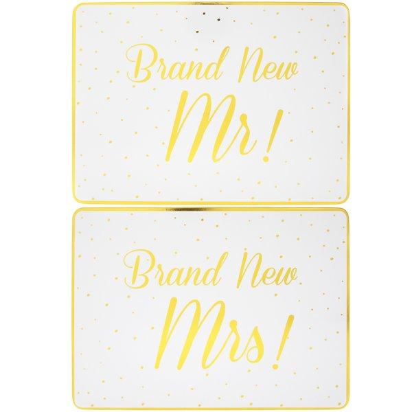 BRANDNEW MR&MRS PLACEMATS 2SET