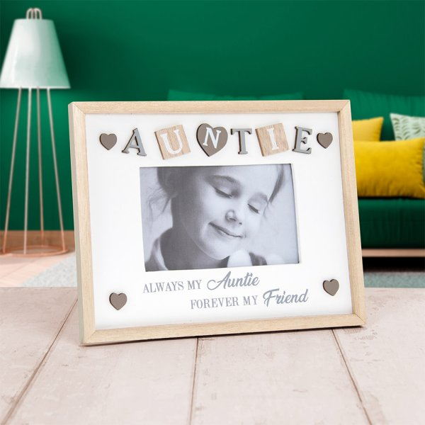 SENTIMENTS FRAME AUNTIE 4X6""