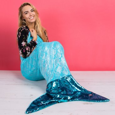 MERMAID BLANKETS & SEQUIN GIFTS